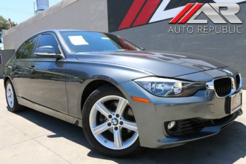 Pre-Owned 2014 BMW 3 Series 328i*PREMIUM PCKG/NAVIGATION*%