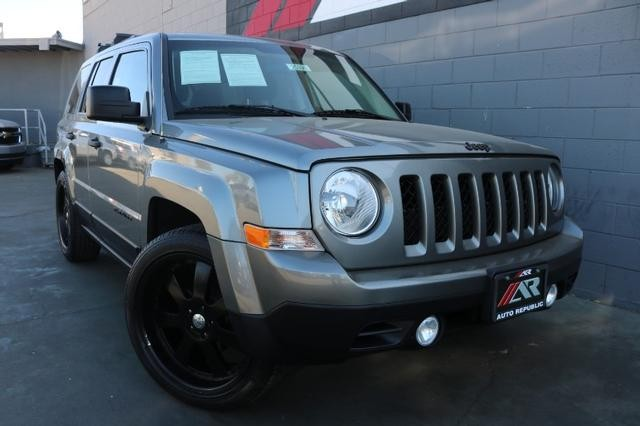 Pre-Owned 2013 Jeep Patriot 2WD Sport