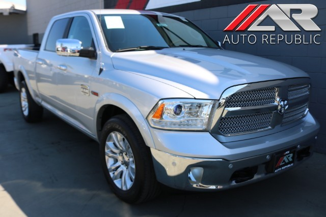 Pre-Owned 2017 Ram 1500 4WD Limited Crew Cab