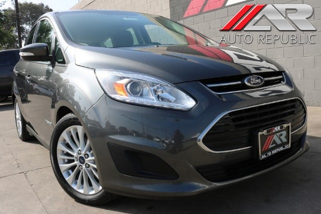Pre Owned 2017 Ford C Max Hybrid Se