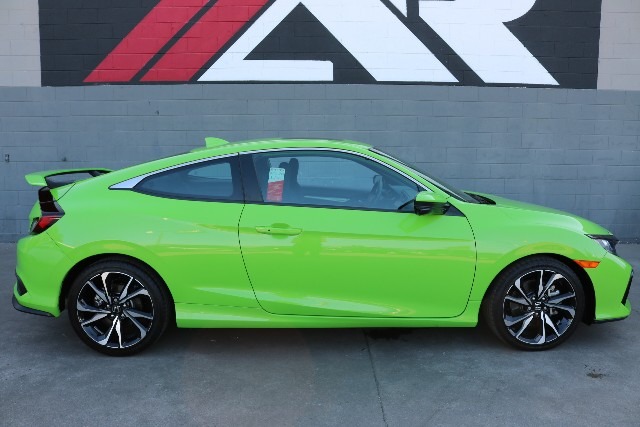 Superb Pre Owned 2017 Honda Civic Coupe Si