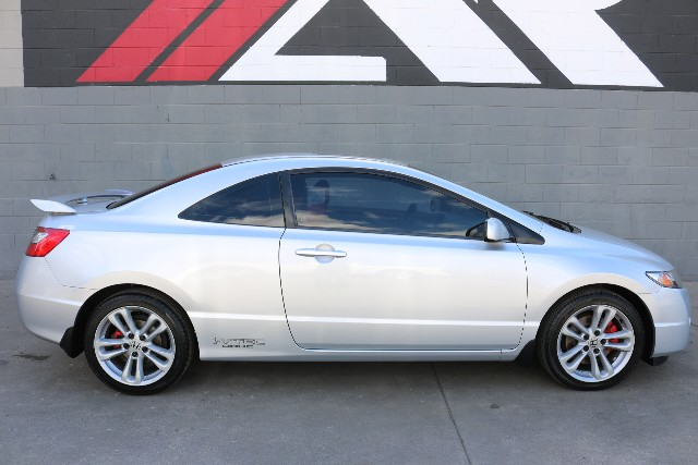 Pre Owned 2009 Honda Civic Coupe Si