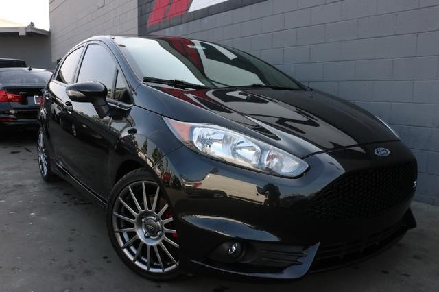 Pre-Owned 2014 Ford Fiesta Hatchback ST