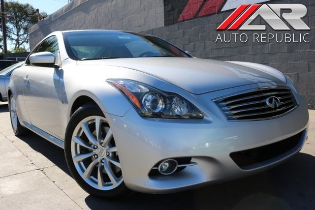 Pre-Owned 2014 INFINITI Q60 Journey