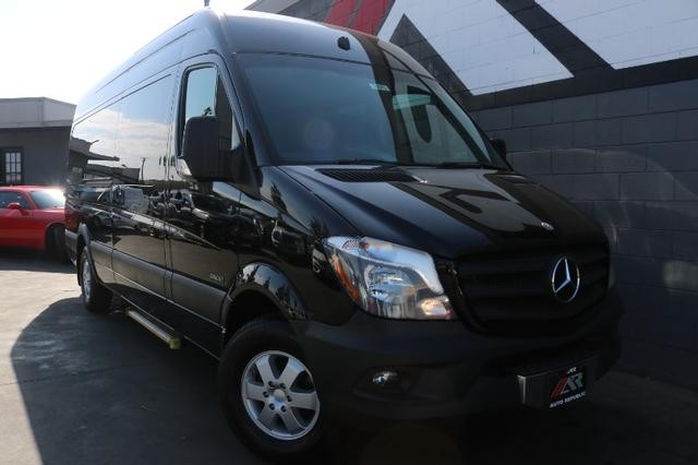 "Pre-Owned 2014 Freightliner Sprinter 2500 Passenger High Roof w/170"" WB Van 3D"