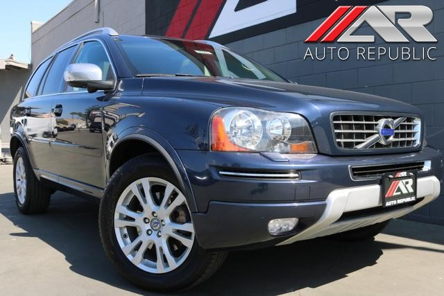 Pre-Owned 2013 Volvo XC90 Premier Plus