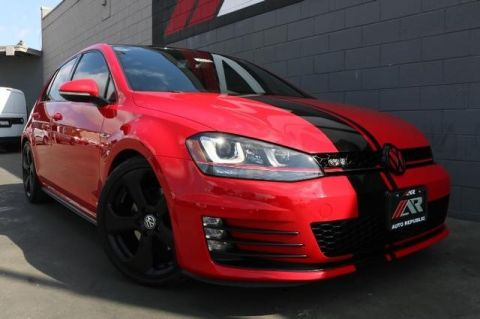 Pre-Owned 2015 Volkswagen Golf GTI SE