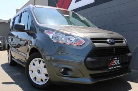 Pre-Owned 2017 Ford Transit Connect Wagon XLT