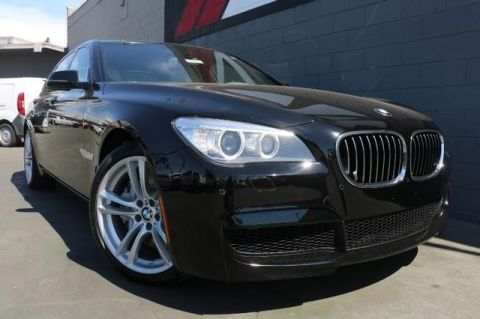 Pre-Owned 2014 BMW 750i